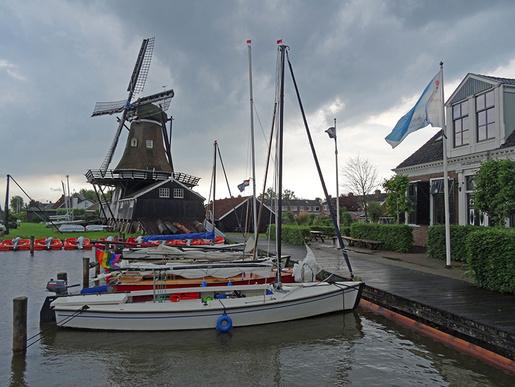 Wandersegeln mit Jollen in Friesland. Es soll Ende August endlich wieder stattfinden.